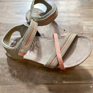 Merrell Terran Cross II Putty/Peach Sport Sandals